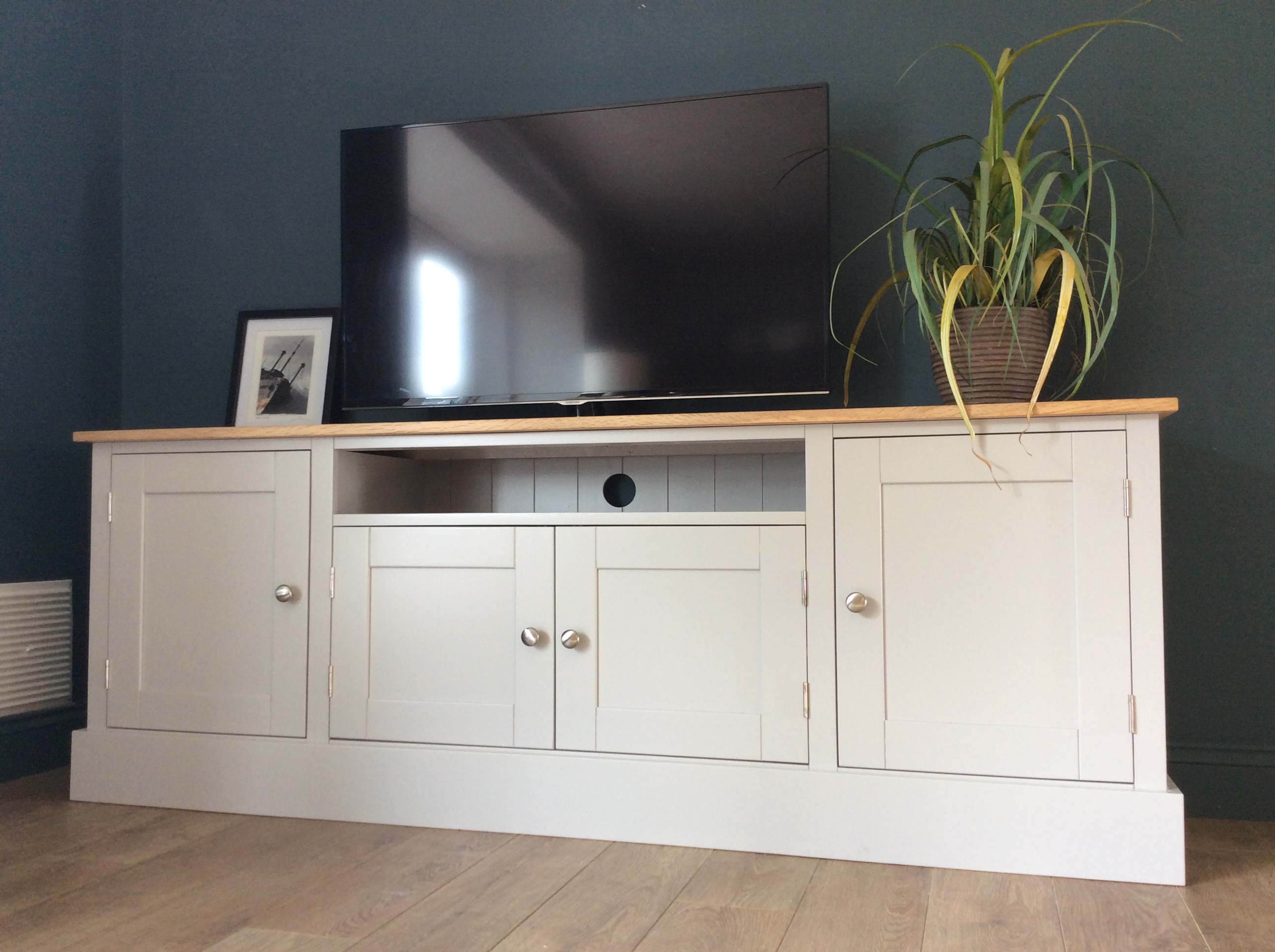 6ft solid pine oak tv cabinet nest at number 20. Black Bedroom Furniture Sets. Home Design Ideas